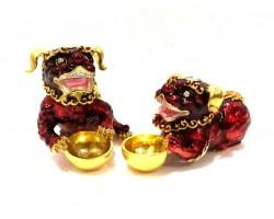 Bejeweled Red Tzi Chi Kau
