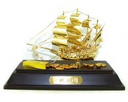 24k Gold Plated Handmade Exquisite Wealth Ship 31gp