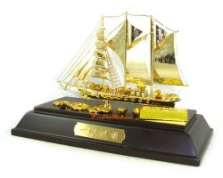 24k Gold Plated Hand-made Exquisite Wealth Ship 35gp