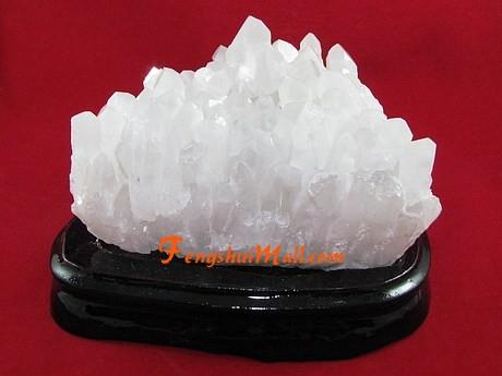 Clear Quartz Crystal Cluster :: Rock CrystalQuartz Crystal Scam