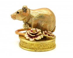 Bejewelled Peach Blossom Rat