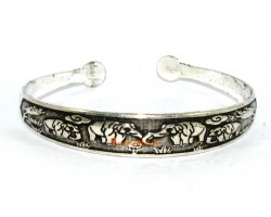 Elephants with Trunks Down Bangle
