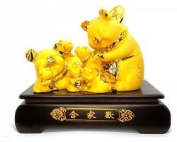 Exquisite Good Fortune Happy Pig Family