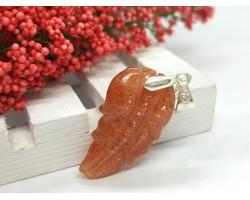 Golden Strawberry Quartz Lepidocrocite Leaf Crystal Pendant