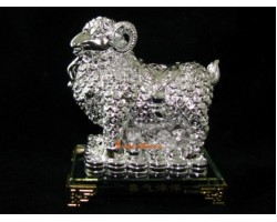 Good Fortune Sheep with Wealth Coins Fur (Silver)