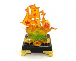Colorful Liuli Glass Wealth Ship