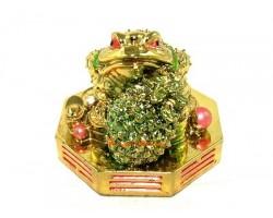 Money Frog on Bagua with Pineapple