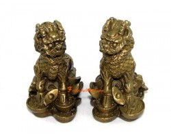 Pair of Chi Lin on Coins and Ingots (s)