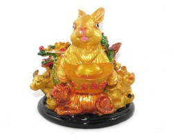 Good Fortune Rabbit with Horoscope friends and Gold Ingot