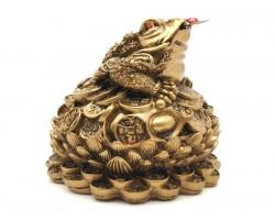 Wealthy Money Frog on Lotus Flower