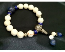 White Tridacna Bracelet with Silver Beads
