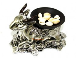 Wishfufilling Cow with Money Cowrie Shells